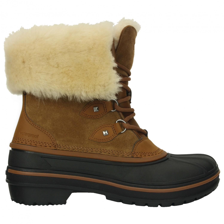 Crocs AllCast II Luxe Boot - Winter Boots Women's   Free UK Delivery   Alpinetrek.co.uk