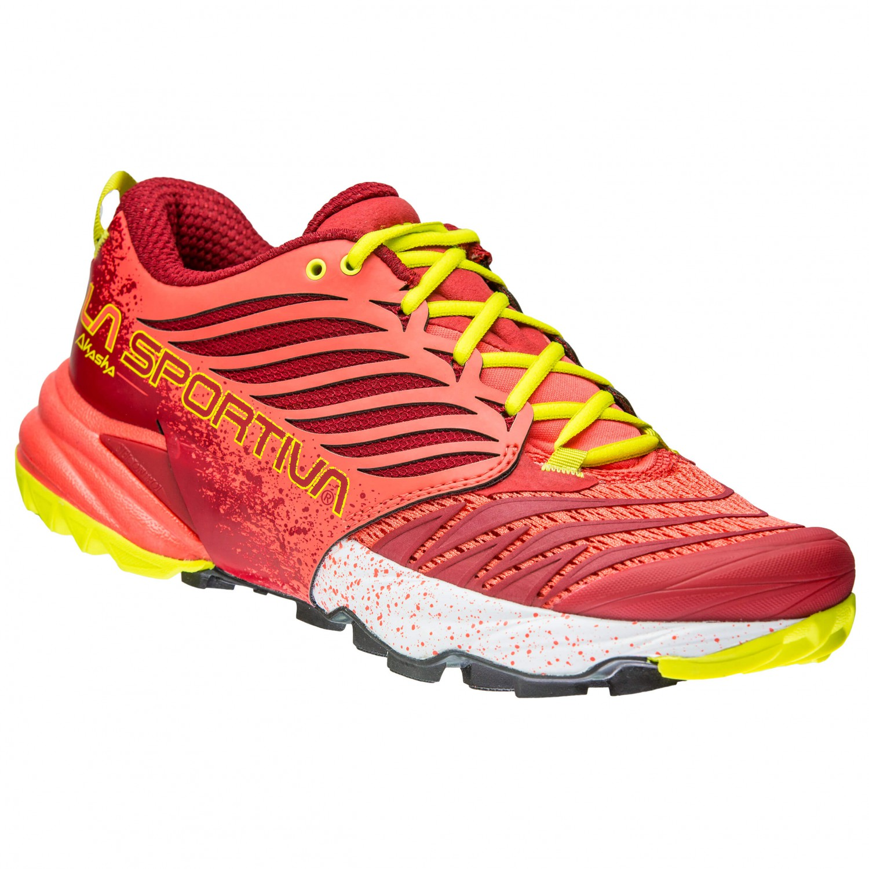La Sportiva AKASHA WOMAN - Trail running shoes - berry aoGq4