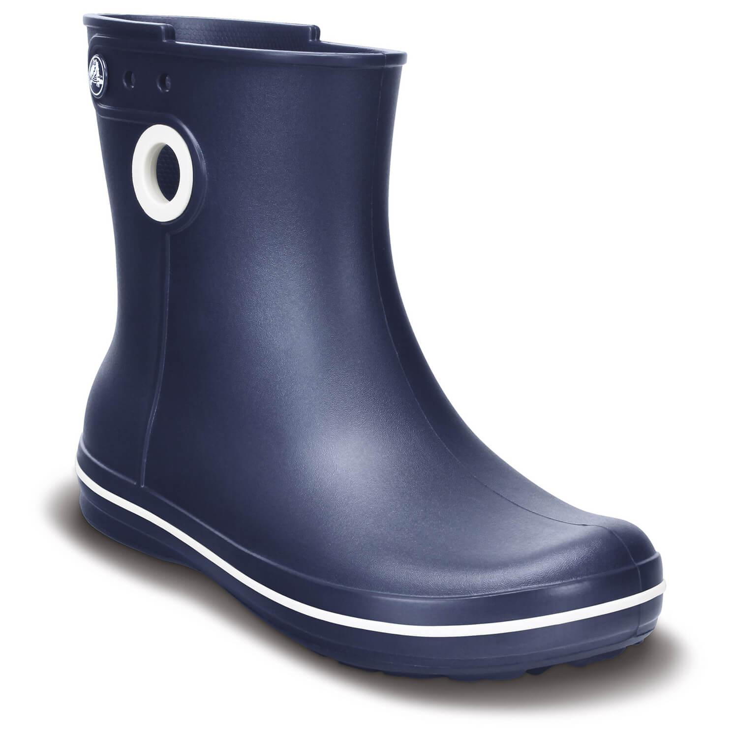 65fdf447f0c8 ... Crocs - Women s Jaunt Shorty Boot - Wellington boots ...