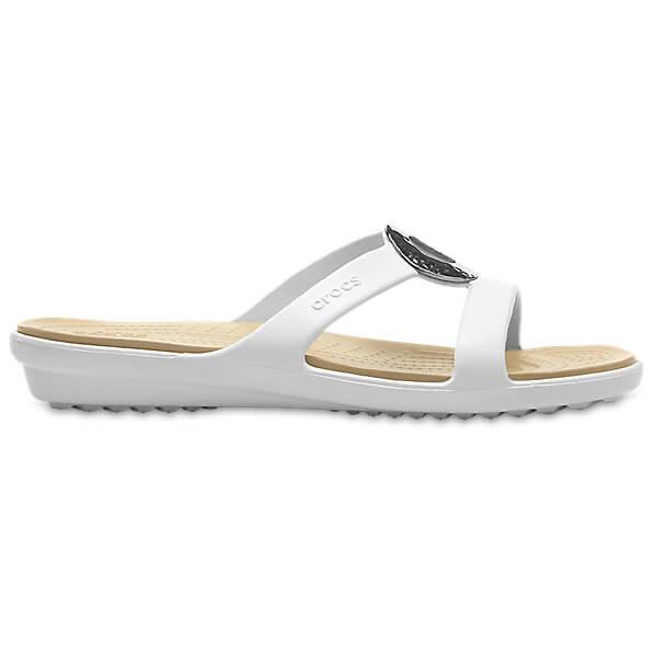 Crocs - Women's Sanrah Hamme Met Sandal - Sandalen Oyster / Gold