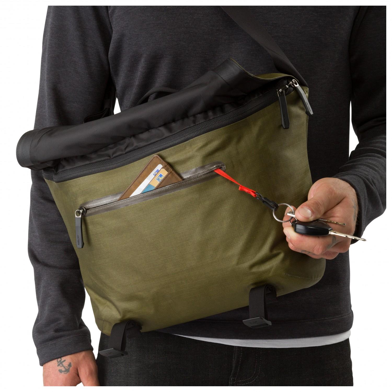 4d616c553ce Arc teryx Granville 10 Courier Bag - Shoulder bag   Free EU Delivery ...