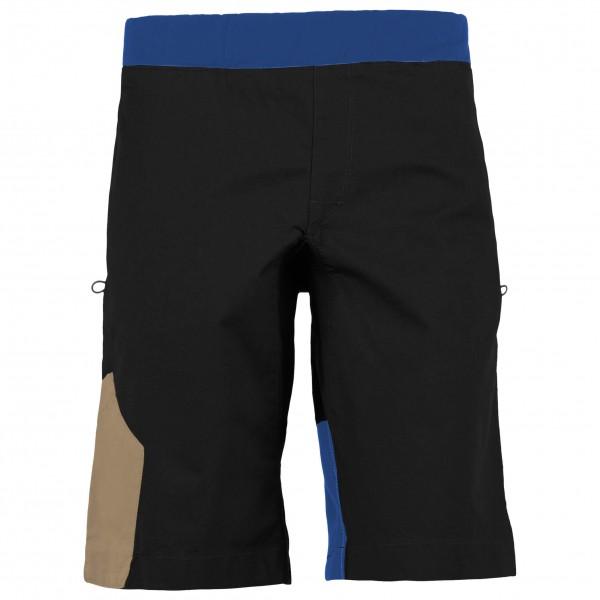 E9 - Shot - Boulderhose