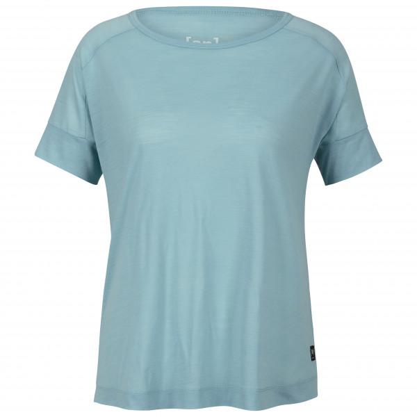 SuperNatural - Women's Isla Tee - T-shirt