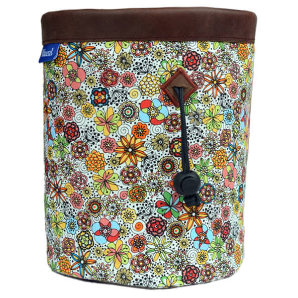 Wildwexel - Chalkbag Mountain Flowers - Chalk bag