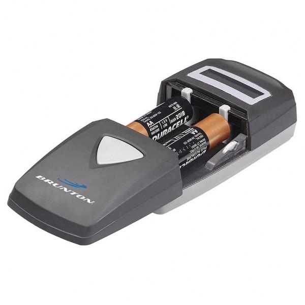 Brunton - Axiom Universal Battery Charger - Oplaadapparaat