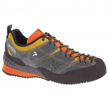 Boreal - Flyers 2013 - Chaussures d'approche
